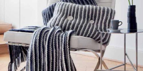 anleitung strickdecke und kissenh llen. Black Bedroom Furniture Sets. Home Design Ideas