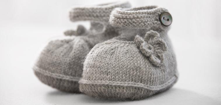 Kostenlose Anleitung Babyschuhe Mit Blümchen