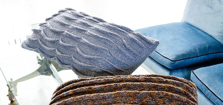 Kostenlose Anleitung Raffinierte Kissenhülle Mit Wellenmuster Stricken